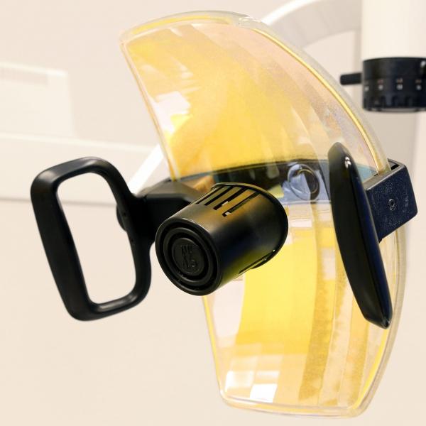 lampe-dentiste.jpg